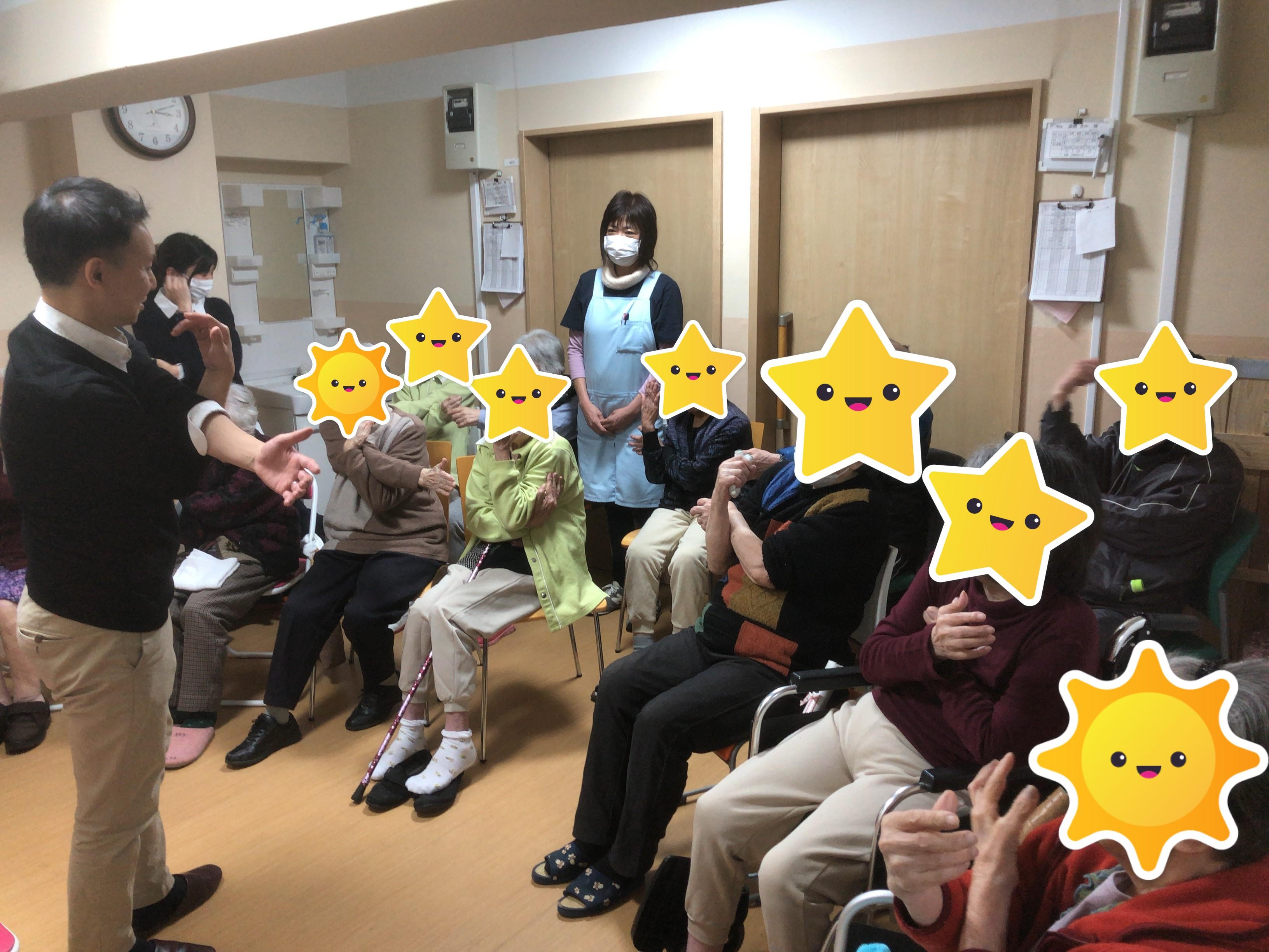 12月10日筬綾レジデンス・西新井江北クリニックにて健康体操を開催致しました。