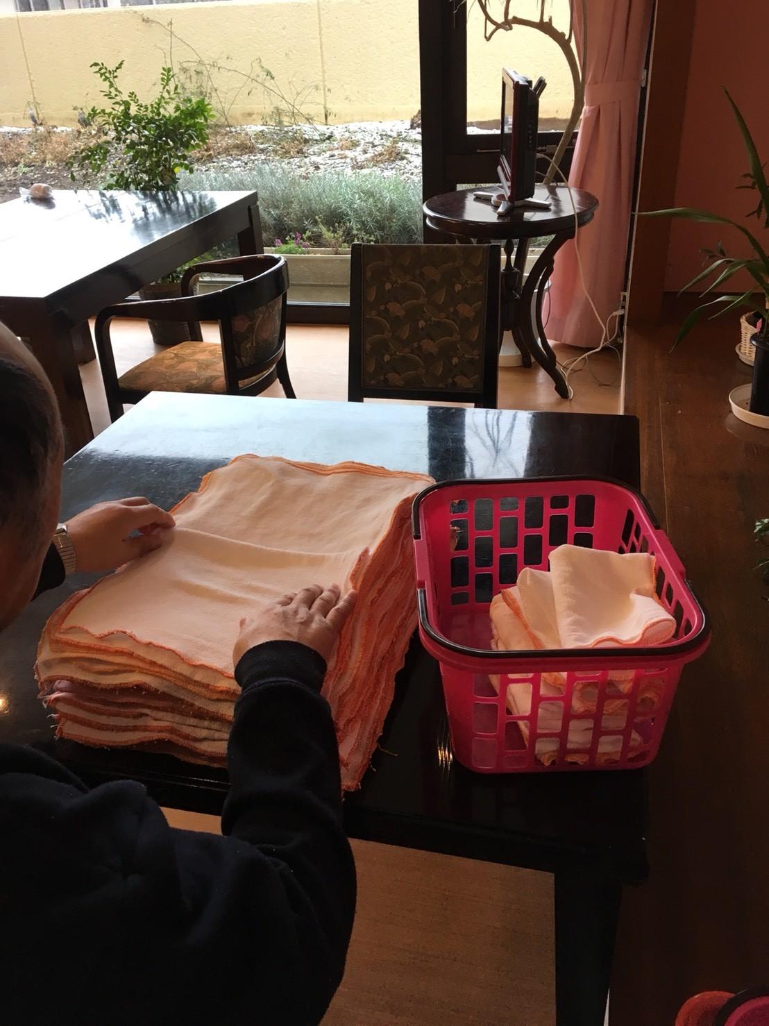 毎日タオルたたみを手伝ってくださる入居者様